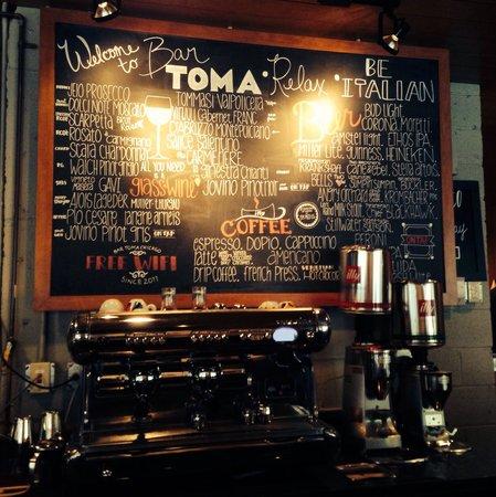 Bar Toma: The espresso machine and today's menu