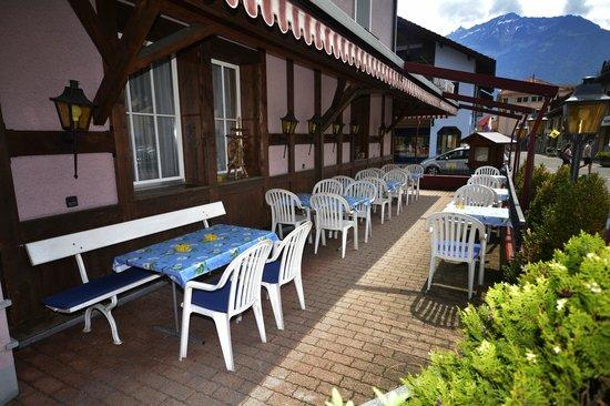 Hotel Rössli: Terrace of the Roessli