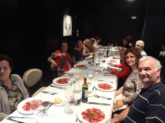 NH Collection Ria de Bilbao: Cena bienvenida