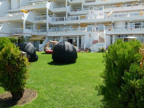 Clube Praia da Oura: sunpods !