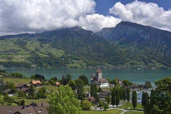 Hotel Roessli : Spiez on Lake Thun