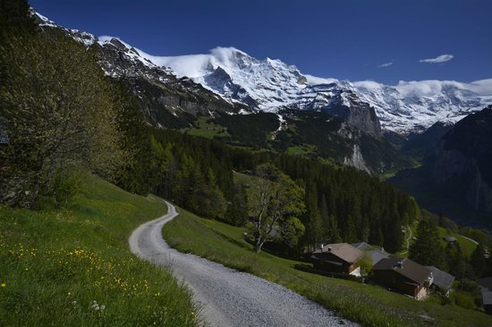 Hotel Roessli : Wengen and Lauterbrunnen Valley