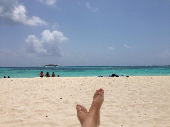 Decameron Isleno: Playa del hotel