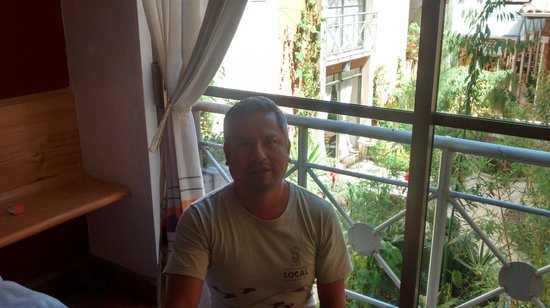 Axkan Arte Hotel: EL jardín central visto desde la habitación