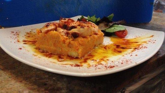 Restaurante El Molino Tapas: Tartar de pulpo a la gallega. Delicioso!
