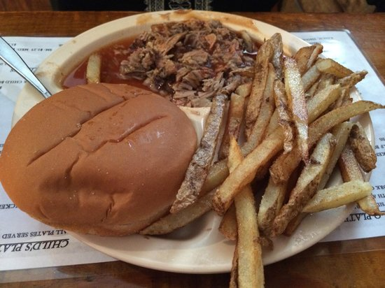 "J&W Barbeque : J&W's ""small"" pulled pork with fries"