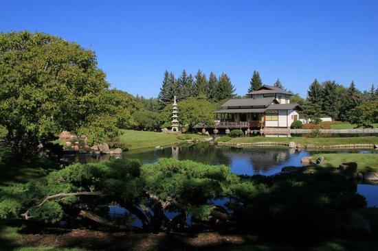 Nikka Yuko Japanese Garden: Reflections under a beautiful blue sky