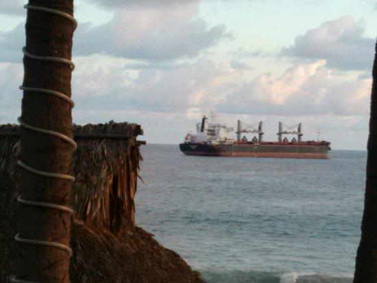 Hotel Marbella: otro de los 10 casi 12 barcos que nos acompañaron en esas vacaciones