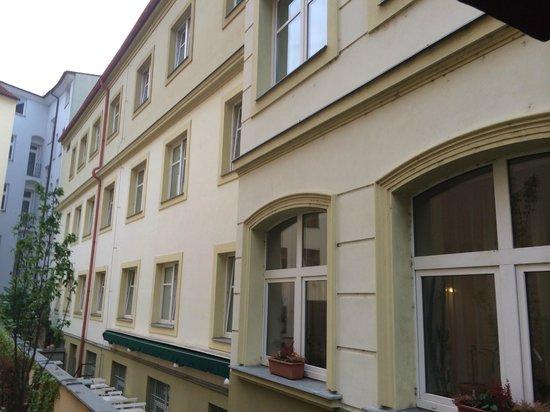 Hotel Ostruvek : Отель