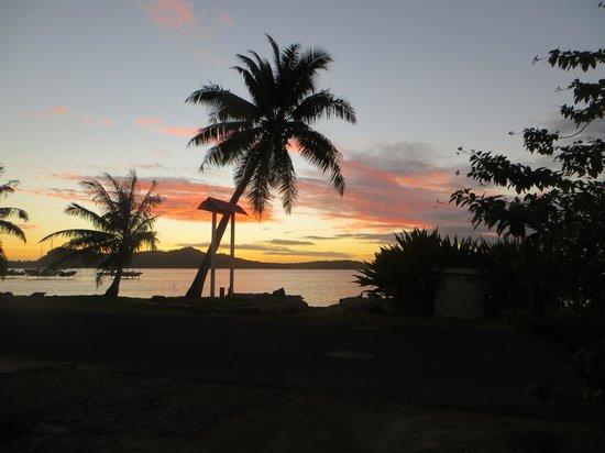 Pension Chez Rosina: coucher de soleil devant chez rosina