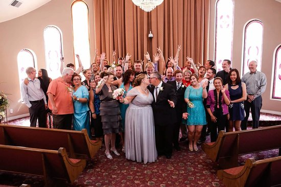 Vegas Weddings: Wedding Guests