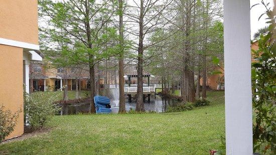 Best Western Premier Saratoga Resort Villas: Vista desde el living