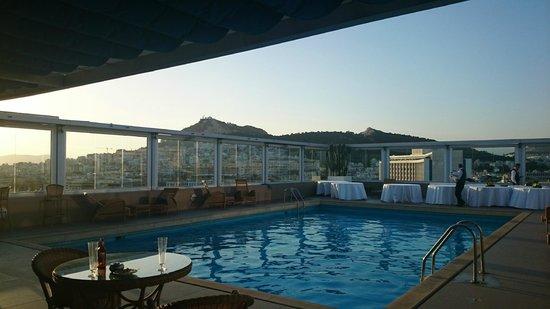 Divani Caravel Hotel: MAGNIFICA PISCINA