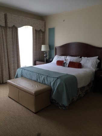 The Elms Hotel and Spa: King room
