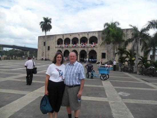 Santo Domingo City Tour: Alcazar de Colon