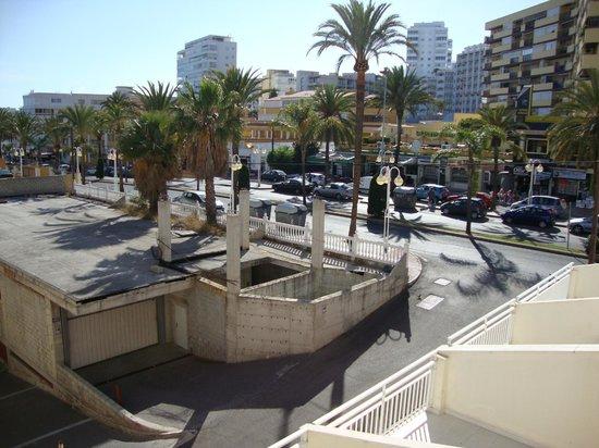 MedPlaya Hotel Villasol: Great view?? Noisy main road!!