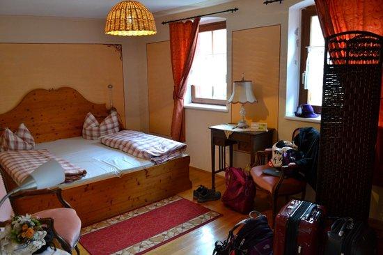 Hotel Raidel: Sleep and sitting area