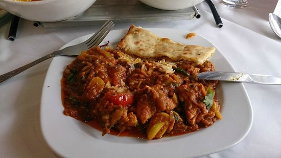 Raja of Cheadle Indian Restaurant & Take Away: Garlic and Chilli Chicken