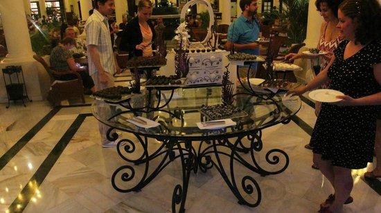 Luxury Bahia Principe Ambar Blue: Chocolate Delights