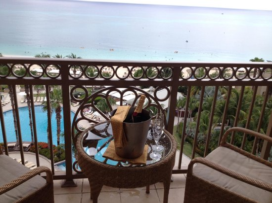 The Ritz-Carlton, Grand Cayman: 35th wedding anniversary like no other