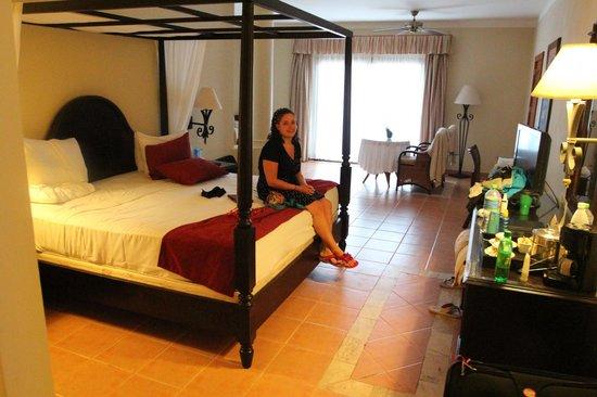 Luxury Bahia Principe Ambar Don Pablo Collection: Room 63301