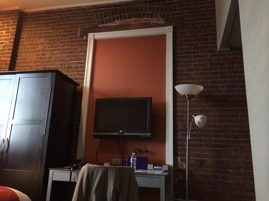 Lancaster Arts Hotel: Hotel Room