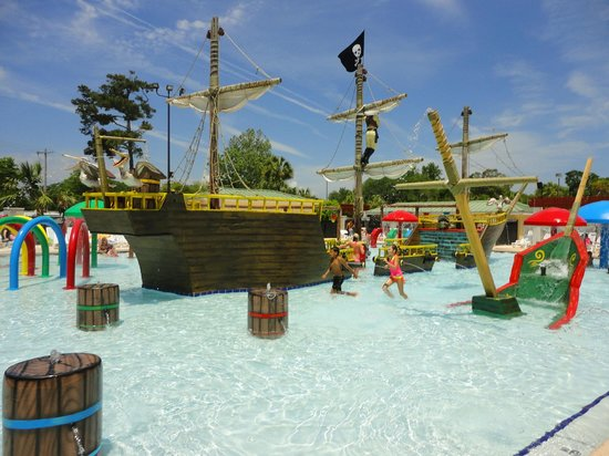 New Pirate Ship Splash Pool Picture Of Pirateland