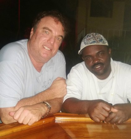Seastar Inn: Here is a shot of me with Delroy, the cook