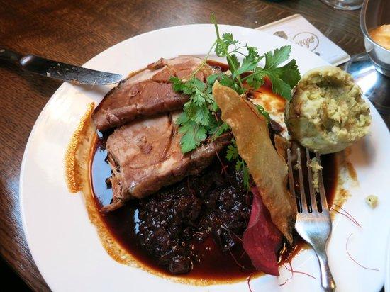 Speisegaststätte Hock / Hock's Restaurant: Pork & Red Cabbage mmmmm