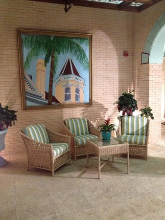 The Southernmost House : One of many sitting areas on the Porches