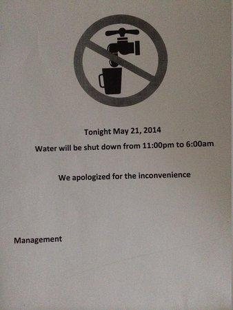 Leamington Hotel: Water notice