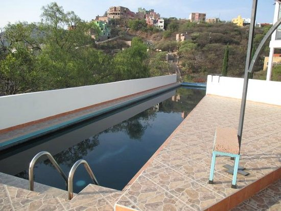 Casa Zuniga B&B: lap pool......solar heated for enjoyment year round!