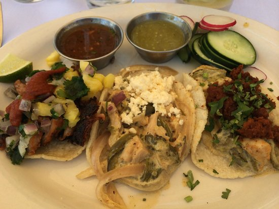 Old Town Scottsdale: Tacos from Barrio Queen.