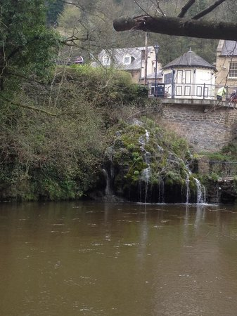 Lumsdale Valley: Natural waters