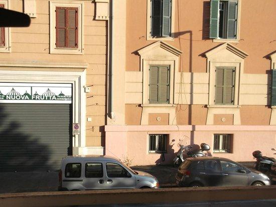 """Holiday a San Pietro : vista dalla nostra camera, il cui nome era """"Rosmarino"""""""