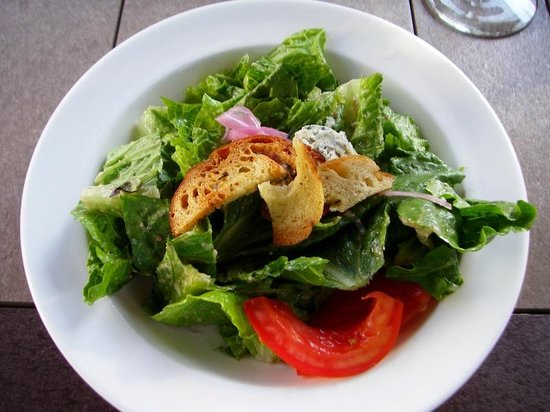 Canal Tavern of Zoar: House salad (half portion)