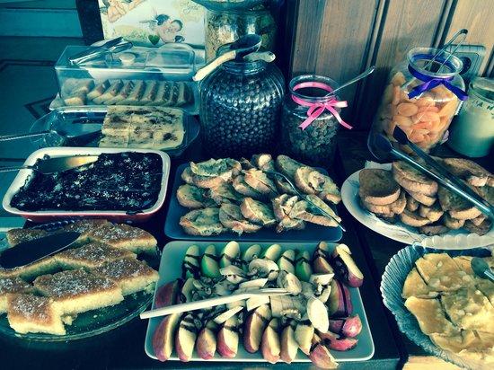 Emine Sultan Hotel: Frühstücksbuffet