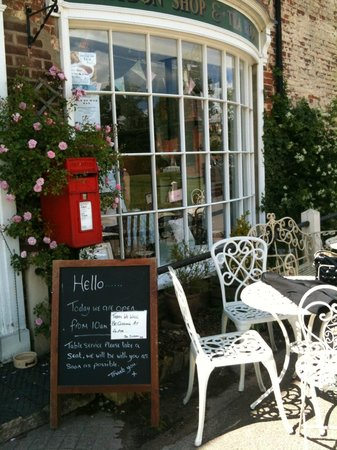 Heydon Village Tea Shop: Heydon Tea Shop