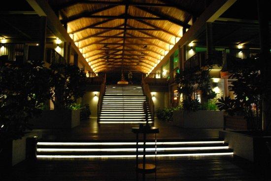 Kempinski Seychelles Resort: lobby