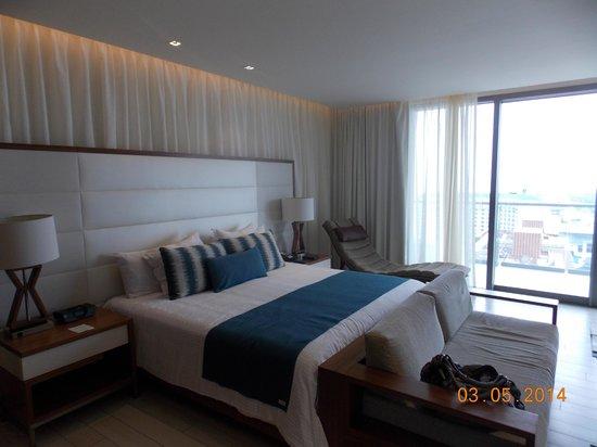 Secrets The Vine Cancun : habitación muy comoda