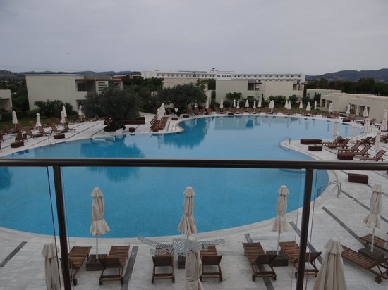 SENTIDO Port Royal Villas & Spa: the biggest swimming pool