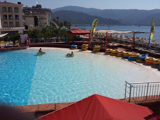 Marmaris Atlantis Waterpark : wave pool