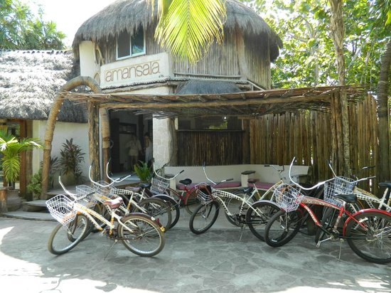 Amansala Eco Chic Resort: Cycling to the Ruins