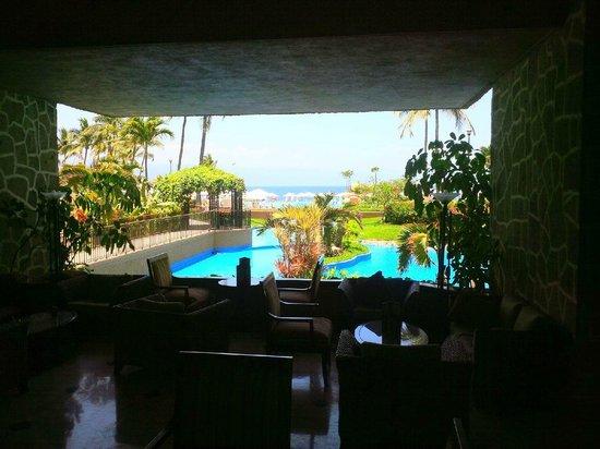 Casa Magna Marriott Puerto Vallarta Resort & Spa: View from the lobby bar