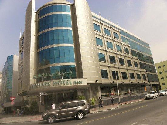 Landmark Hotel Riqqa : View of the hotel