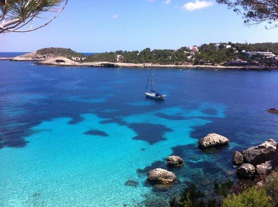 Portinatx Beach Club Hotel : Crystal clear