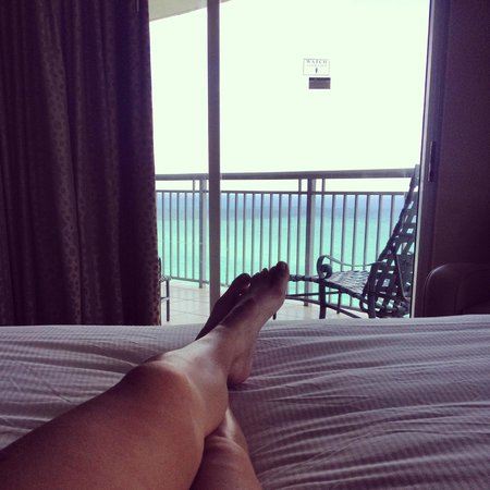 Doubletree by Hilton Ocean Point Resort & Spa - North Miami Beach: view from the bed!