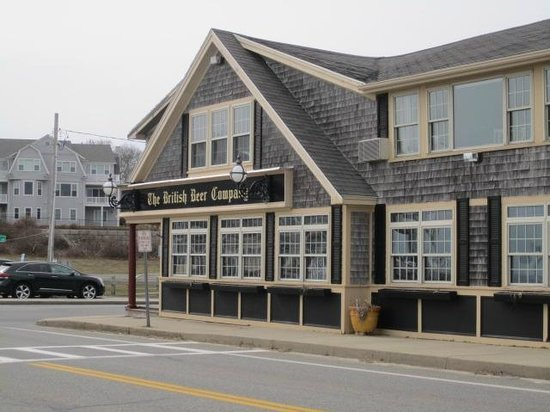 The Seaside Inn : Next door restaurant
