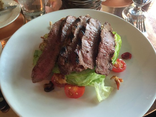 The Grain House: Great steak salad!