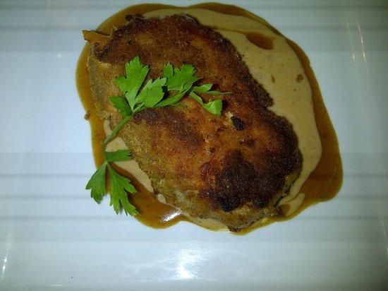 Au Petit Tonnelier: Cordon bleu sauce crème